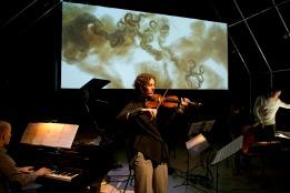 Nederland, Utrecht, 17-12-2014 Het Filiaal Theatermakers speelt de voorstelling Tomte. Photography: Remke Spijkers